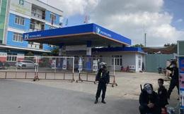 NÓNG: Công an đang bao vây, khám xét 2 địa điểm ở Biên Hoà