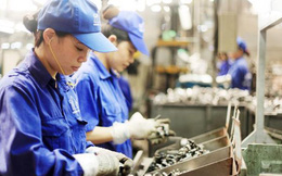 Dịch Covid tái bùng phát, kịch bản nào cho thị trường lao động Hà Nội?