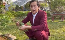 Không thể đi từ thiện hơn 13 tỷ đồng vì bệnh dịch, Hoài Linh đã làm gì trong suốt 6 tháng qua?