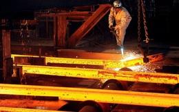 """Giá quặng sắt giảm 7%, thép tiếp tục giảm mạnh phiên 24/5 sau khi Trung Quốc cảnh báo về tình trạng """"đầu cơ quá mức"""""""