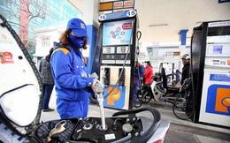 Giá xăng sẽ giảm nhẹ vào ngày mai, chấm dứt chuỗi tăng liên tiếp?
