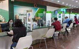 Vietcombank tài trợ kinh phí mua vaccine phòng dịch Covid-19 cho 10 tỉnh, Thành phố, tổng cộng 38 tỷ đồng