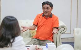 """Ông Huỳnh Uy Dũng: """"Tôi xem một đoạn livestream của Phương Hằng rồi đi thắp hương"""""""