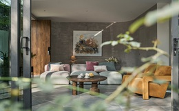 Vợ chồng trung niên cải tạo nhà thô thành biệt thự đúng chất resort, không gian mở ngập nắng, thiết kế tường vòm thay cửa