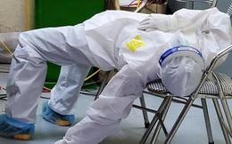 PGS Nguyễn Lân Hiếu: Một lần bị dao mổ cắt vào tay và chuyện những y bác sĩ kiệt sức trong bộ PPE dưới tiết trời đổ lửa