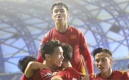 Đội tuyển Việt Nam được thưởng nóng 3 tỷ đồng sau chiến thắng 2-1 trước Malaysia