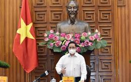 Thủ tướng: Sớm ban hành chính sách hỗ trợ công nhân, doanh nghiệp khó khăn vì Covid-19
