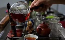 Người Nhật sống lâu nhờ uống trà nhưng có 3 thói quen uống trà không những không có lợi cho sức khỏe mà còn hại thận, nên tránh xa