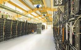 3 tấn máy đào bitcoin đã được chuyển bằng máy bay từ Trung Quốc sang Mỹ, nhưng vẫn còn 80.000 tấn máy móc đang nằm chờ
