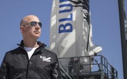 Tháng tới, Jeff Bezos sẽ lên không gian