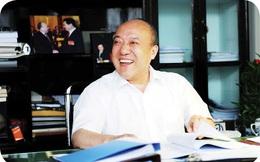 """Lộ Quan Cầu - người đi đầu trong công nghiệp ôtô Trung Quốc, từng là """"quân sư"""" của cả Jack Ma lẫn Chung Thiểm Thiểm: """"Doanh nhân không thể có đầy túi tiền và một cái đầu rỗng"""""""
