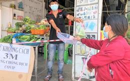 'Siết' chợ dân sinh: Giá nhiều mặt hàng tăng vọt