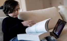 Thần đồng 11 tuổi vừa tốt nghiệp Đại học, đang nghiên cứu cách giúp con người bất tử