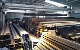 Giá sắt thép tăng cao khiến nhà thầu, chủ đầu tư điêu đứng