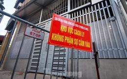 Hà Nội: Cận cảnh phong tỏa 3 tòa nhà trên phố Trần Cung do có ca F0
