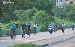 Hà Nội: Hồ Tây lập chốt chặn, hồ Gươm chăng rào kín vẫn không ngăn được... người dân tập thể dục