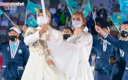 """""""Nữ thần"""" hot nhất Lễ khai mạc Olympic Tokyo 2020 vừa xuất hiện đã hớp hồn khán giả, dân mạng truy ra danh tính ngay"""