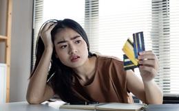 8 cách tiêu tiền khiến suốt đời bạn chẳng bao giờ ổn định về tài chính
