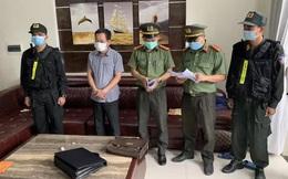 Bắt Chánh Văn phòng Cảng Hàng không quốc tế Phú Bài