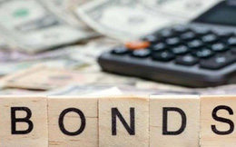 Vì sao lãi suất trái phiếu doanh nghiệp vẫn chênh lớn và neo cao?