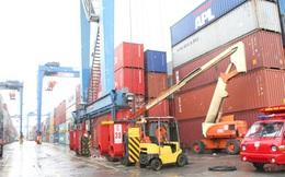 Hàng hóa từ Cảng Cát Lái sẽ được miễn phí những dịch vụ gì khi chuyển sang các cảng khác?