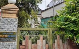 Đại gia bất động sản lâm vào cảnh bi đát, bị ngân hàng rao bán nợ khủng, bán rẻ nhà đất