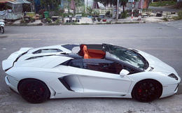 Lamborghini Aventador Roadster đầu tiên Việt Nam được chủ nhân chịu chi lột xác nội thất theo phong cách Hermes