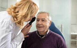 """Tỷ lệ lão thị ở tuổi trung niên ngày càng tăng, ghi nhớ ngay 4 nguyên tắc này để bảo vệ sức khoẻ """"cửa sổ tâm hồn"""" bạn"""