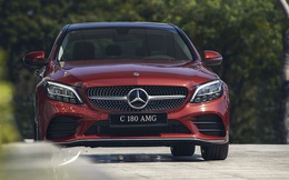 Cơn bão giảm giá tiếp tục càn quét, thị trường ghi nhận thêm loạt ô tô giảm mạnh đến 300 triệu đồng