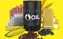 Thị trường ngày 25/8: Giá dầu và vàng tiếp đà tăng, quặng sắt tăng vọt hơn 6%