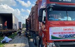 """105 tấn nông sản """"đi"""" tàu hoả vào TP HCM hỗ trợ người dân chống dịch Covid-19"""