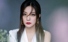 """HOT: Động thái đầu tiên của Triệu Vy sau nghi vấn bị """"phong sát"""" và bỏ trốn?"""