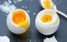 Một ngày ăn 3 quả trứng, người đàn ông bỗng bị nhồi máu cơ tim cấp, nhóm người nào nên hạn chế ăn trứng?