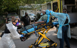 Mỹ: Số ca nhiễm lại vượt 100.000 ca/ngày, có thành phố 2,4 triệu dân chỉ còn 6 giường ICU còn trống