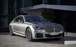 Loạt ô tô giảm giá mạnh nhất thị trường đầu tháng 9, cao nhất gần 600 triệu đồng, có xe mua 1 tặng 1