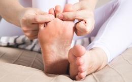 8 dấu hiệu trên bàn chân cảnh báo cơ thể bạn đang lão hoá dần