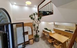 Vợ chồng trẻ xây ngôi nhà nhỏ mà có võ, chỉ rộng 30m2 mà như 60m2 khiến ai cũng bất ngờ