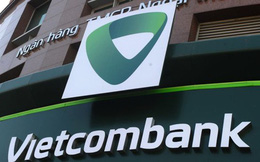 Nghịch lý Vietcombank: Kinh doanh tốt nhất hệ thống, diễn biến cổ phiếu tệ nhì ngành