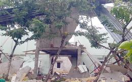 Nóng: Nổ như bom khiến một ngôi nhà ở Quảng Nam bị 'xé toang', 2 vợ chồng nữ giáo viên tử vong