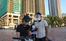 Chùm ảnh: Người dân Đà Nẵng phấn khích ngày đầu được tắm biển trở lại