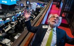 Peter Tuchman, môi giới chứng khoán được chụp ảnh nhiều nhất ở phố Wall với nguyên tắc không bao giờ đầu tư cổ phiếu