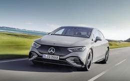 """Mercedes-Benz EQE chạy điện ra mắt - đàn em của """"siêu sedan"""" EQS với trang bị không kém cạnh, tầm hoạt động 660 km"""