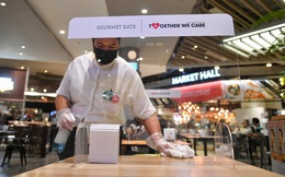 Thái Lan: Được ăn nhà hàng từ 1-10 nếu tiêm vắc-xin Covid-19 đầy đủ