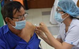100% người dân trên 18 tuổi của 8 quận huyện TP.HCM được tiêm vaccine Covid-19