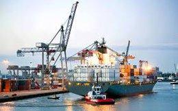 Tăng thuế nhập khẩu xăng dầu, doanh nghiệp còn được lợi?