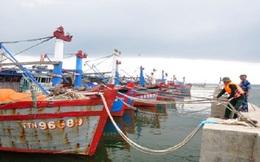 Đánh chìm xà lan nặng 100 tấn để tránh siêu bão