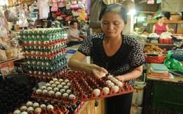 Trứng gà giảm giá sâu, người nuôi lo ứ hàng