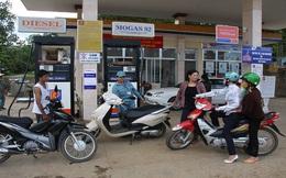 Điều hành giá xăng: Chưa khẩn trương, chưa sát với yêu cầu