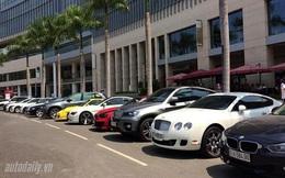 Người Việt đang phải mua ôtô với giá 'cắt cổ'