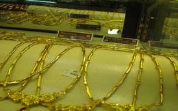 """""""Doanh nghiệp đang phải mua vàng nguyên liệu trôi nổi trên thị trường"""""""